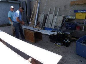 disassembling ballasts for recycling